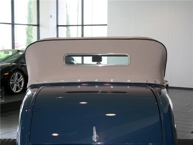 1932 Ford Highboy Roadster (69)
