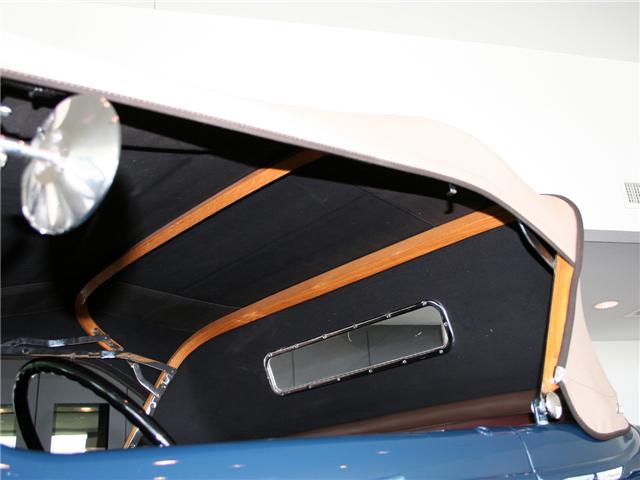 1932 Ford Highboy Roadster (66)