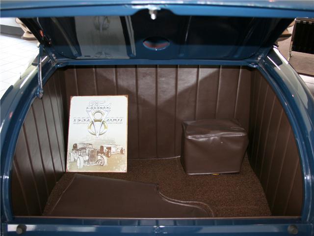 1932 Ford Highboy Roadster (64)