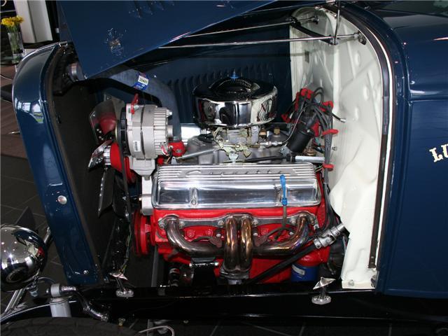 1932 Ford Highboy Roadster (62)