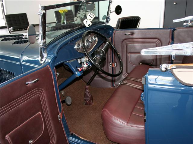 1932 Ford Highboy Roadster (55)