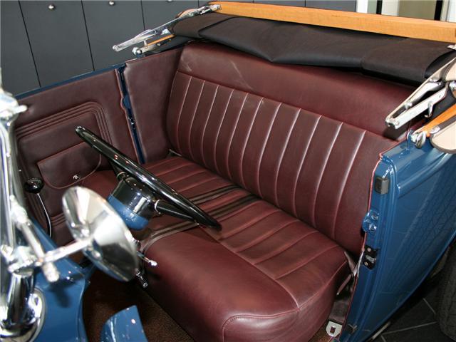 1932 Ford Highboy Roadster (53)