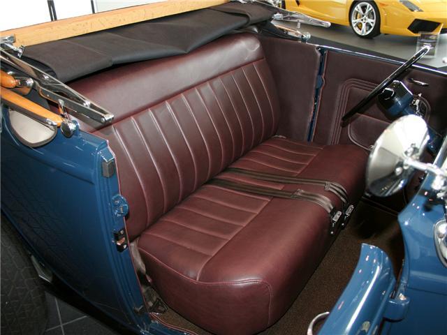 1932 Ford Highboy Roadster (45)