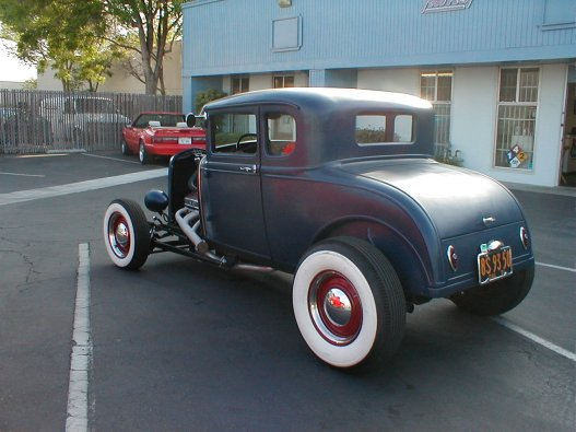 1932 Ford Highboy Roadster (95)