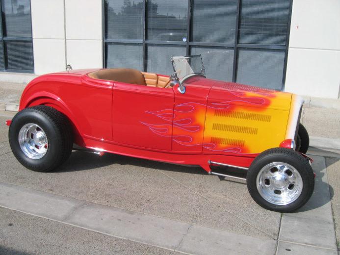 1932 Ford Highboy Roadster (31)