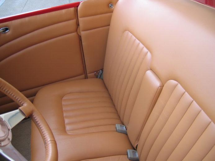 1932 Ford Highboy Roadster (28)