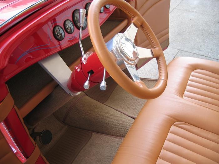 1932 Ford Highboy Roadster (25)