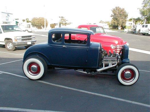 1932 Ford Highboy Roadster (94)