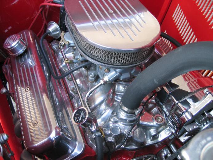 1932 Ford Highboy Roadster (14)