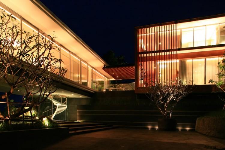 Luxury Villa Mayavee by Tierra Design (9)