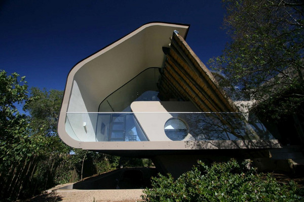 Wright House in Africa by Elmo Swart Architects (1)