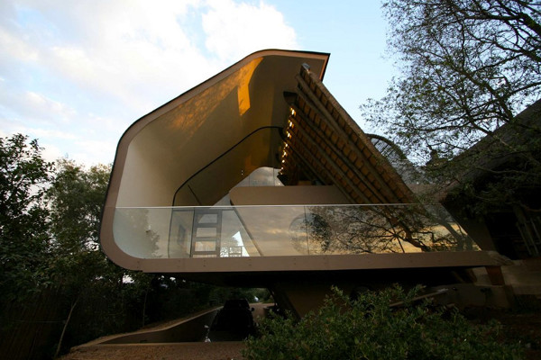 Wright House in Africa by Elmo Swart Architects (9)