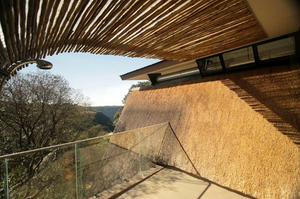 Wright House in Africa by Elmo Swart Architects (7)