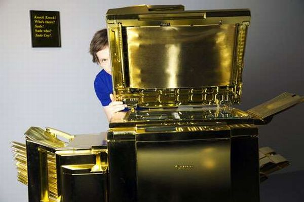 Gold-Plated Copy Machine by Yogi Proctor (1)