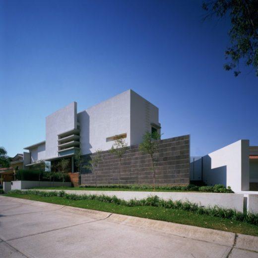 House E by Agraz Arquitectos in Mexico (14)