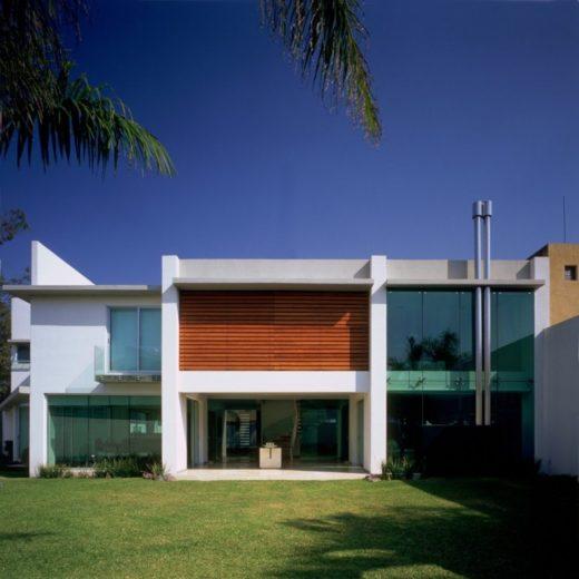 House E by Agraz Arquitectos in Mexico (11)