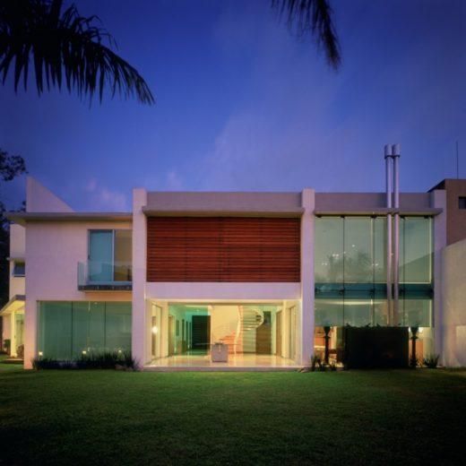 House E by Agraz Arquitectos in Mexico (9)