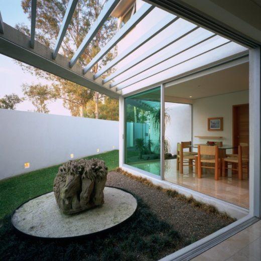 House E by Agraz Arquitectos in Mexico (7)