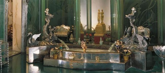 Most Expensive Dollhouse in the World (6)