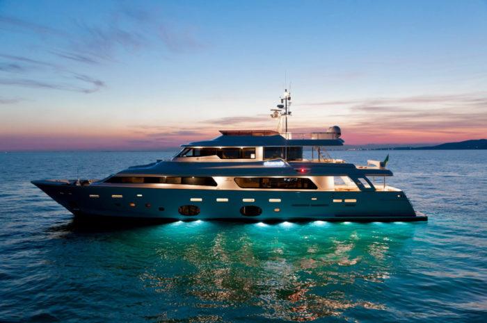 Navetta 33 Crescendo Ziacanaia Superyacht from Ferretti (5)