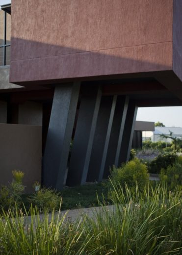 Nico Van Der Meulen Architects House in Mooikloof (16)