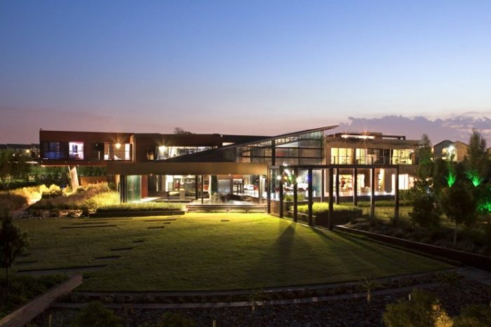 Nico Van Der Meulen Architects House in Mooikloof (15)