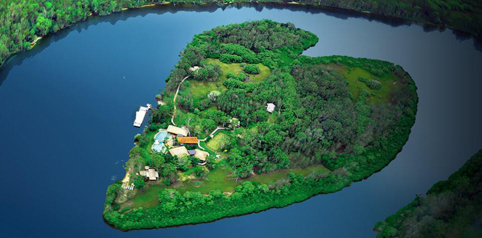Rent Sir Richard Bransons Private Island in Australia (19)