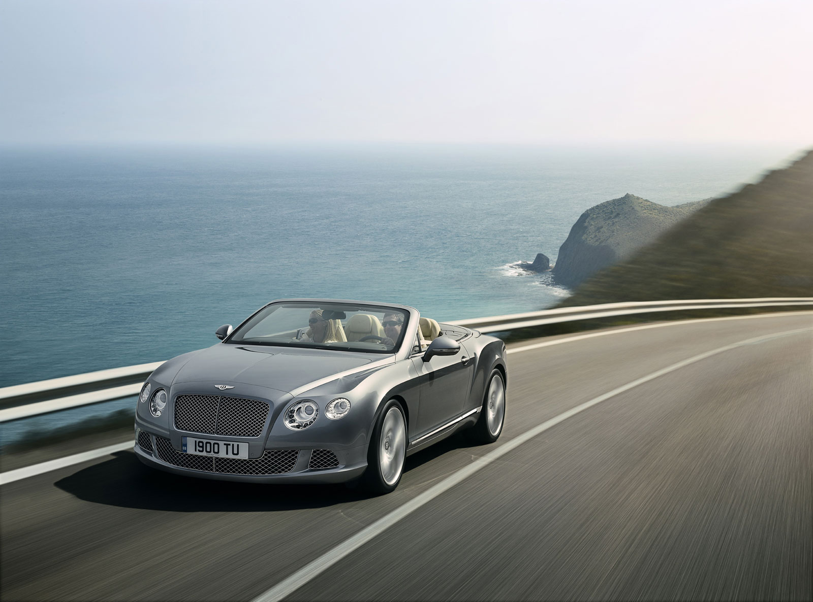 The New and Improved Bentley Continental GTC (2)
