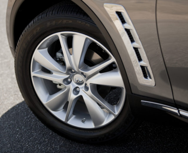 2012 Infiniti FX Prices Revealed for the U.S. (5)