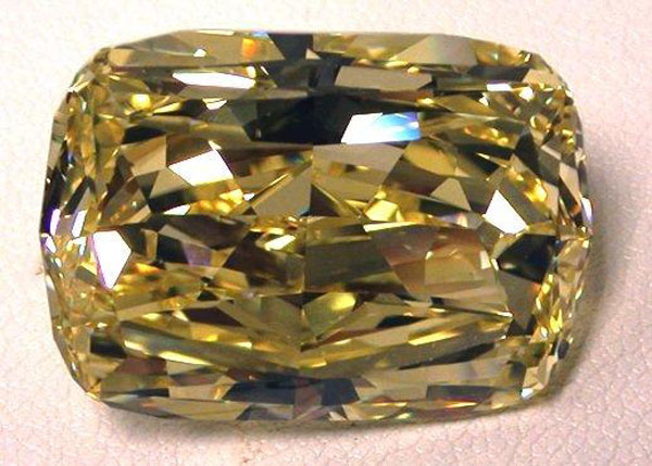 Golden-Eye Yellow Diamond up for Grabs (2)