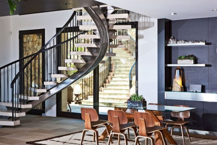 Luxury Mansion in Malibu (18)