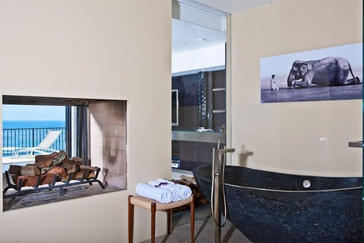 Luxury Mansion in Malibu (7)