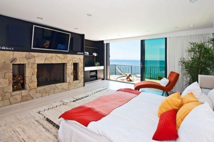 Luxury Mansion in Malibu (5)