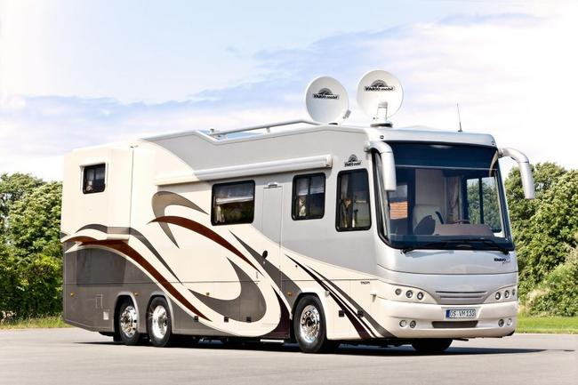 Vario Perfect 1200 Platinum Motor Home with MINI Garage (4)