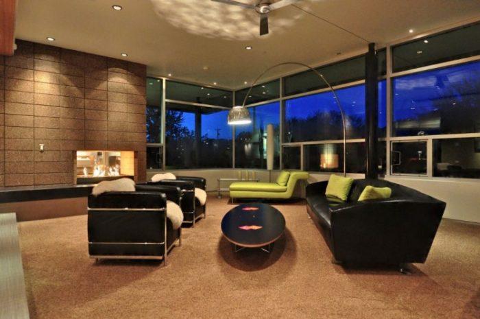 Beautiful Contemporary Residence in Arizona (24)