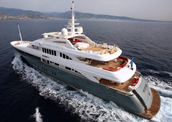 The Luxurious Victory V Superyacht by Lamda N Shipyard (19)