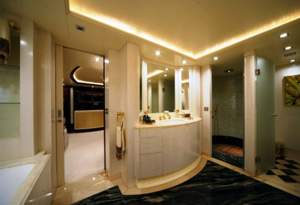 The Luxurious Victory V Superyacht by Lamda N Shipyard (9)