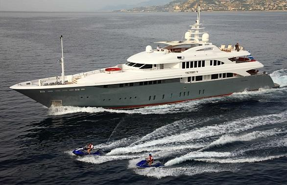 The Luxurious Victory V Superyacht by Lamda N Shipyard (18)