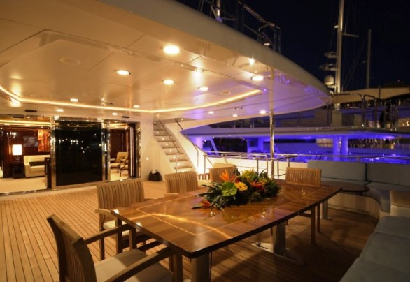 The Luxurious Victory V Superyacht by Lamda N Shipyard (14)