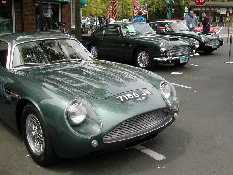 Aston Martin DB4GT Zagato (5)