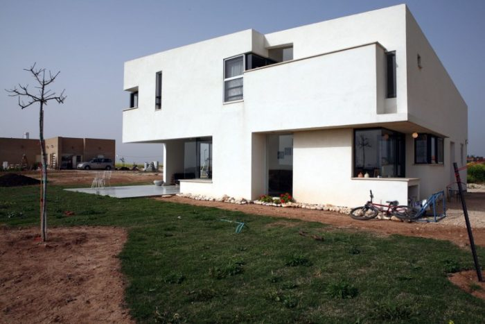 Desert Villa by Uri Cohen Architects (9)