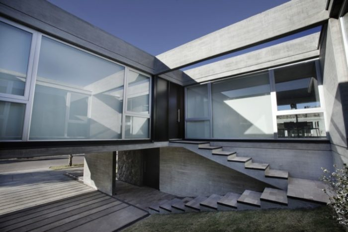 The Beautiful Sobrino House by A4estudio (12)