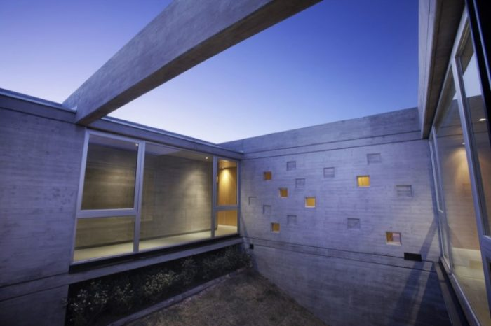 The Beautiful Sobrino House by A4estudio (11)