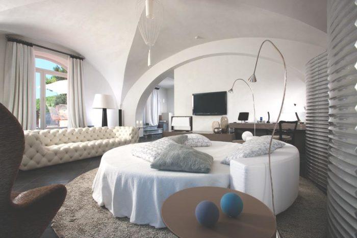 The Luxurious Hotel Punta Tragara Capri Italy (7)