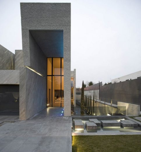The Spectacular Open Box Residence by A-cero (18)