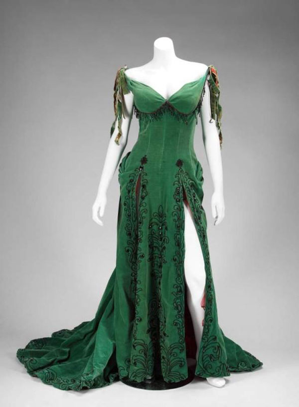 Marilyn Monroe's Emerald Dress Sold for $504,000