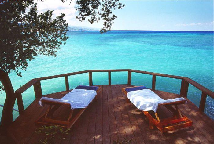 Jamaica Inn Luxury and Comfort (12)