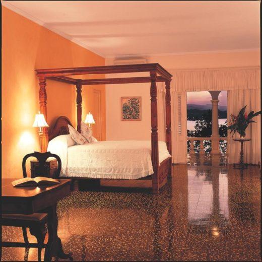 Jamaica Inn Luxury and Comfort (10)