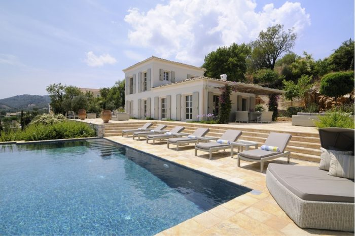 Magnificent Atolikos House in Corfu for Rent (8)
