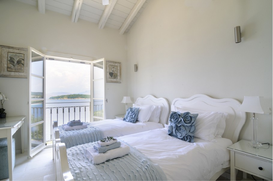 Magnificent Atolikos House in Corfu for Rent (7)